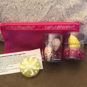 Beautyblender set - blusher, micro, cleanser & bag